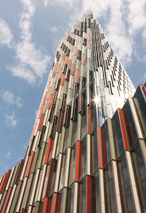 kft tower in Frankfurt,Germany, by Sauerbruch Hutton