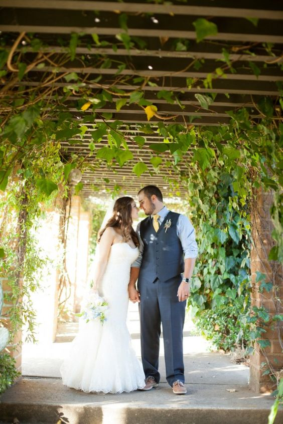 California Wedding At The Condor's Nest Ranch - Rustic Wedding Chic