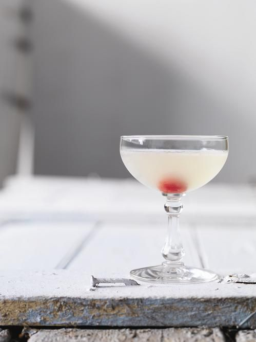 Corpse Reviver (No. 2) - Gin, Cointreau, Lillet Blanc, Lemon, Absinthe ...