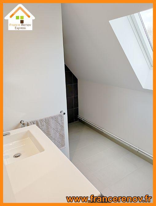 Renovation Complete D Une Salle De Bains Avec Douche A L Italienne A Templeuve Douche Italienne Meuble Vasque Salle De Bain Douche