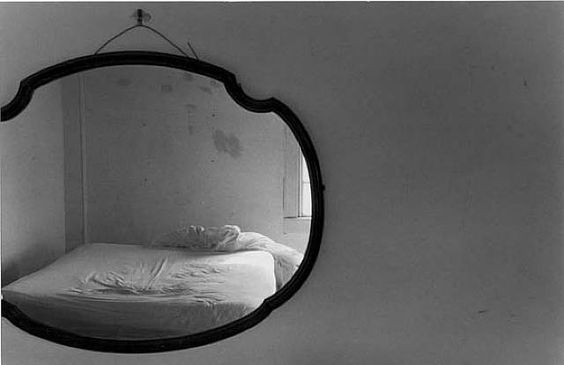 Eva Rubinstein, Bed in mirror, Rhode Island, 1972