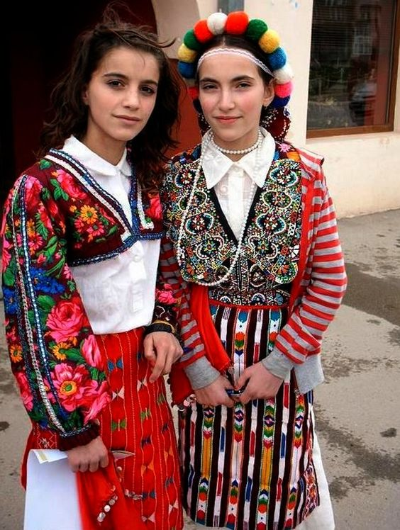 ALBANIA Young women in traditional outfits