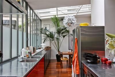 Paris 10ème Atelier / Loft 196,96m2 en parfait état aménagé par un architecte. Prix: 1399500€ FAI #Immobilier #Realestate #Atelier #Loft #Surface #Luxe #Prestige #