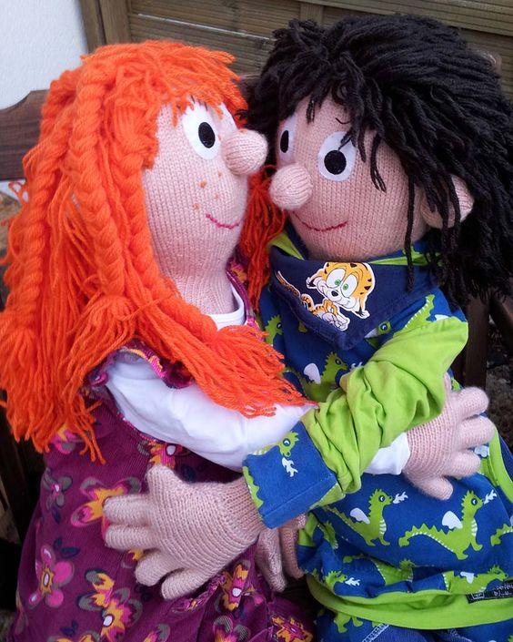 Lotte und Jack http://www.ravelry.com/patterns/library/holly--finn-life-size-knitting-dolls