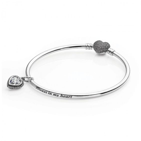 pandora full of heart bangle gift set
