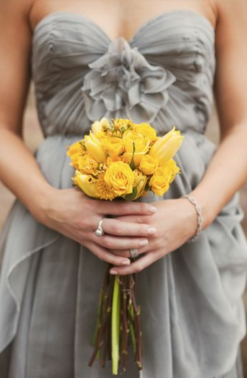 Gray + Yellow. Love the dress and simple bouquet.