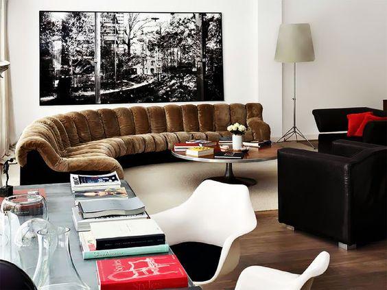 De Sede 600 sofa & Saarinen chairs, photo by Mark Gregory Peters