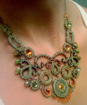 Uniquely You: Women's 2011 Fashion Trends - necklace ispiration