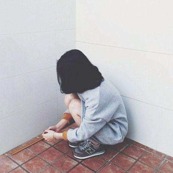 女孩别因为友达以上恋人未满的暧昧而交了心