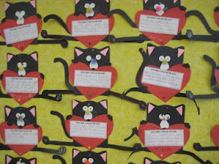 Splat the Cat Valentine Bulletin Board.. The students write about when they feel loved.