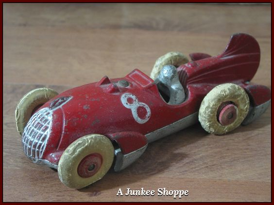 HUBLEY 1930's Red Number 8 Fin Racer White Rubber Car Tires   Junk0423  http://ajunkeeshoppe.blogspot.com/