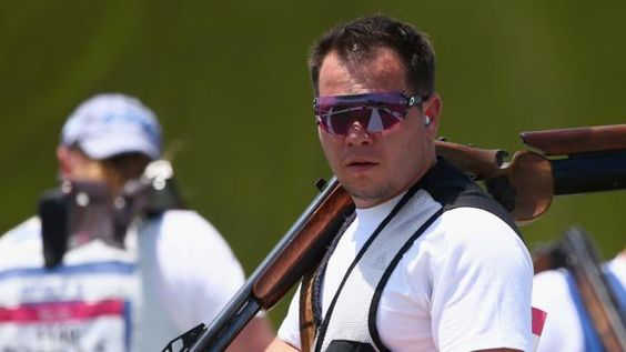 Steven Scott wins all-British match with Tim Kneale to win double trap shooting bronze at the Olympic Games in Rio.