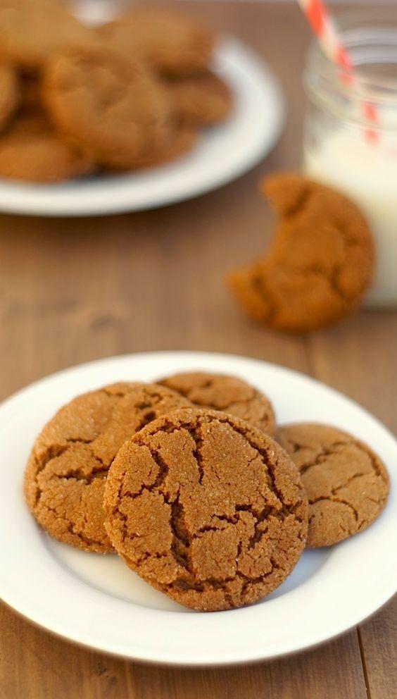 Crinkle cookies, Cookies and Molasses cookies on Pinterest