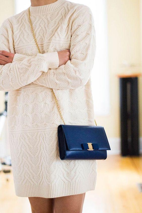 Review: Salvatore Ferragamo Miss Vara Bow Clip Crossbody Bag: