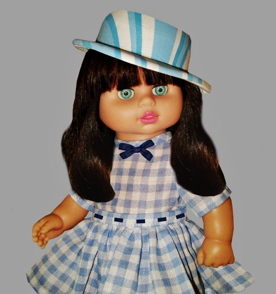 """FASHION AND BEAUTY   ---    SEE THE VIDEO OF THIS DOLL:  """"SHOW AND RARE BEAUTY"""""""