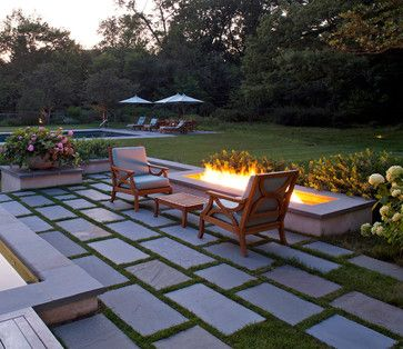 Formal Garden - Traditional - Patio - chicago - by Hoerr Schaudt Landscape Architects
