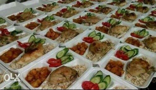 بمناسبة شهر رمضان المعظم تتشرف مطابخ آخر أكله بيتي بتقديم خدمة تجهيز موائد الرحمن ووجبات الصدقات لأهل الخير بأكبر تشك Cooking Cooking Recipes Recipes