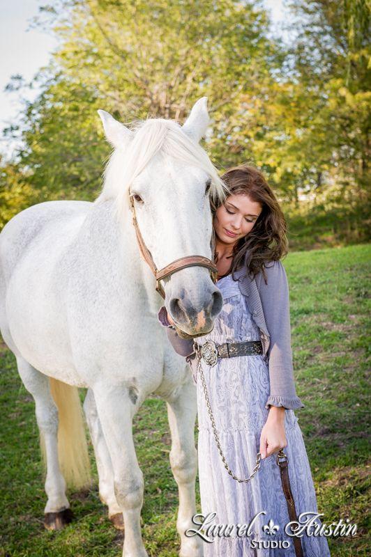 Laurel Austin Studio  www.laurelaustin.com    ♥ senior portraits, fashion, high school seniors, modeling, Kansas City