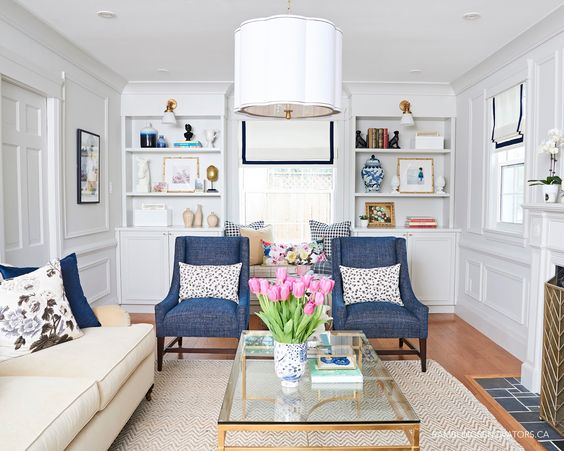 modern traditional colonial living room, painted moulding, buffalo ...