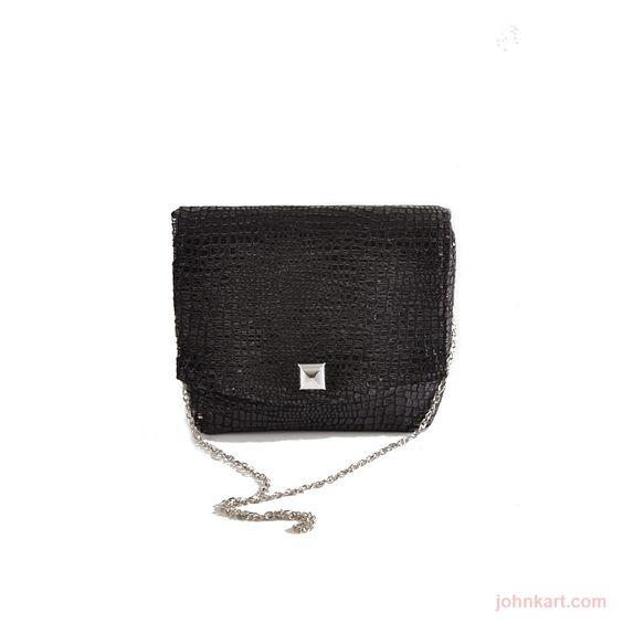 Boa Black square clutch