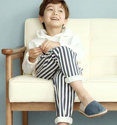 Stripe pants and espadrilles. #kids #fashion
