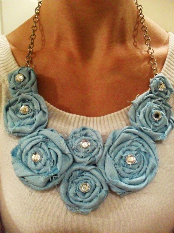 fabric rosette necklace tutorial