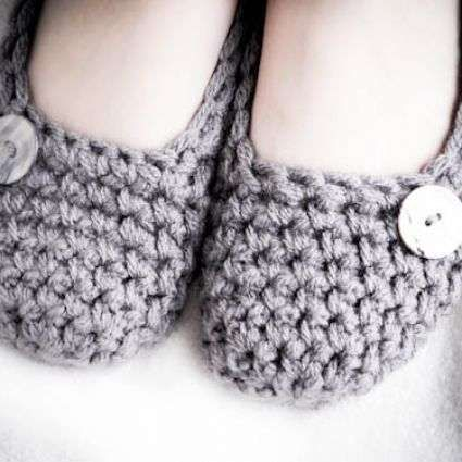 Free Crochet Patterns For Young Adults : Slippers, Crochet slippers and Crochet on Pinterest