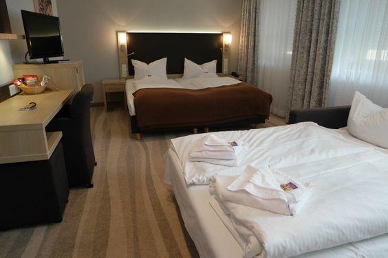 Als gezin een nachtje in een hotel slapen? We verzamelden hotels met familiekamers in een handig overzicht. Dat scheelt je heel wat zoeken.