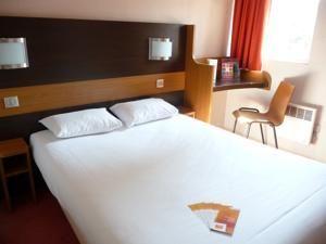Igny Premiere Classe Hotel Igny, France