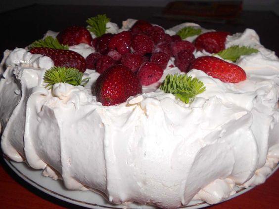 Tort Pavlova