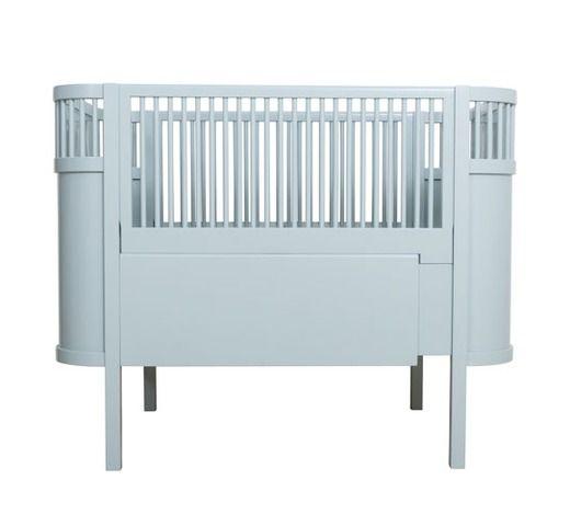 Kili baby-en juniorbed pastel blue