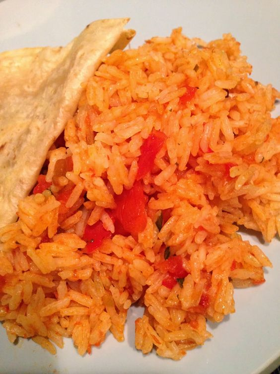 Super Easy and Tasty Mexican Rice  WWW.DANIAPPLE.COM