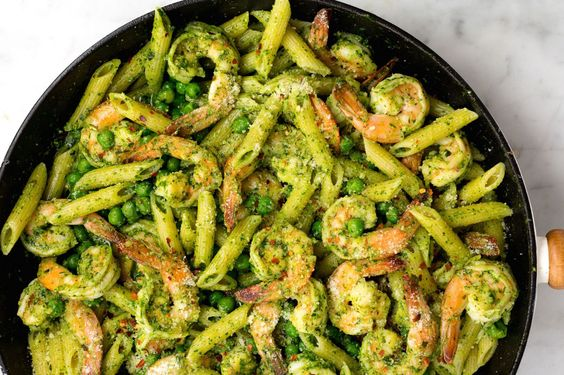 Spinach Pesto Penne with Shrimp and Peas: Pesto nuts will love this ...