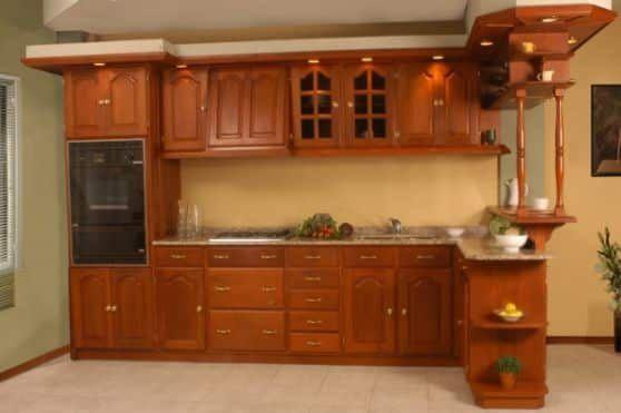 Usar Muebles De Madera Para Nuestra Cocina Le Da A Su Ambiente Una Sensacion Mas Confortable Muebles De Cocina Muebles De Cocina Color Diseno Muebles De Cocina