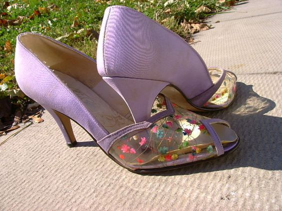 195060's Peep Toe SHOES Lavender with Flowers by tyjulmere on Etsy
