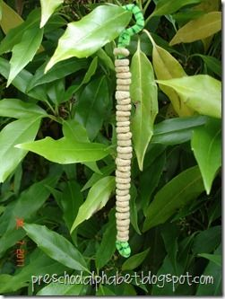 Cheerio bird feeders