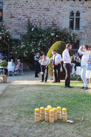 Sophie Delaveau - Un mariage en jaune au manoir de la Noe Verte en Bretange - La mariee aux pieds nus: