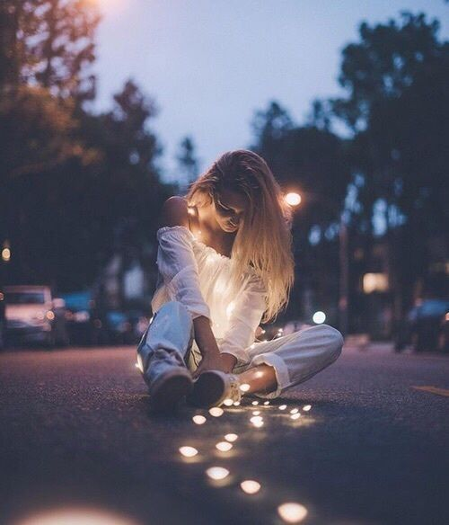 Shared by Memories. Find images and videos about girl, love and fashion on We Heart It - the app to get lost in what you love.