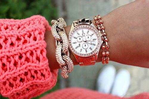Relógio com pulseira corrente