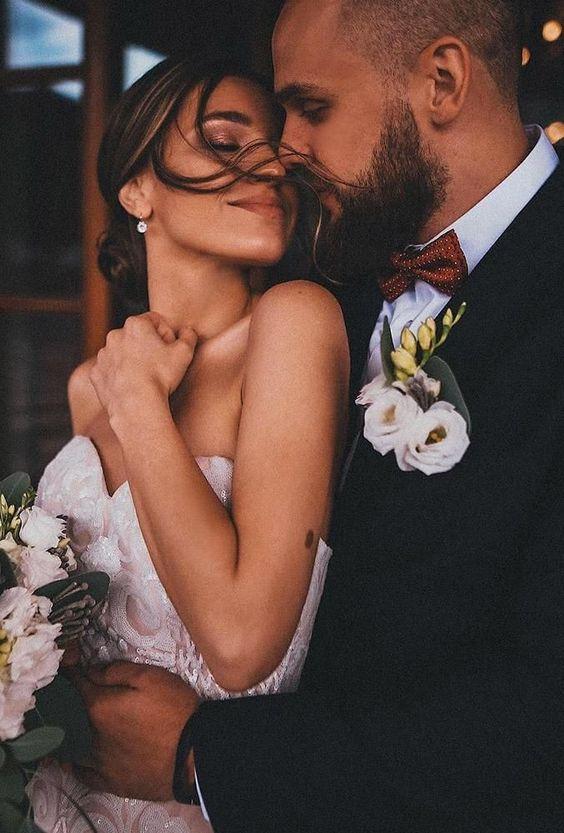 45 Popular Wedding Photo Ideas For Unforgettable Memories ❤ popular wedding photo ideas cute wedding couple marmurokph #weddingforward #wedding #bride