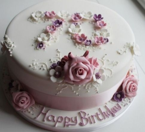 Birthday Cake Ideas For 70 Year Old Lady With Images Mom Cake
