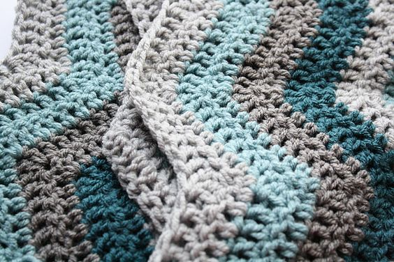beautiful ripple afghan made by andillama... free easy ripple pattern by susanb @ ravelry... love these colors!