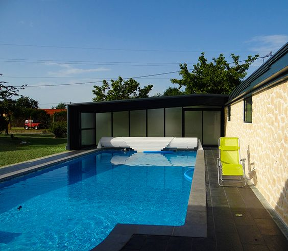 Avec l 39 abri adoss votre piscine est chauff e for Abri piscine telescopique