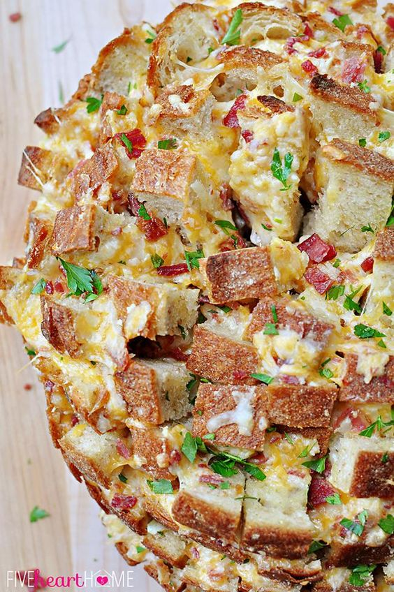 Cheesy Pull-Apart Bread with Bacon, Garlic, Cheddar and Swiss ~ the ultimate snack for your Super Bowl party!   FiveHeartHome.com