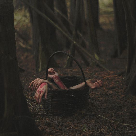 Eerie | Creepy | Surreal | Uncanny | Strange | 不気味 | Mystérieux | Strano | Photography | Little Red | by Lissy Elle Laricchia, via Flickr