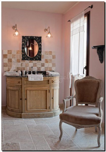 spiegel-modern-barok-in-badkamer