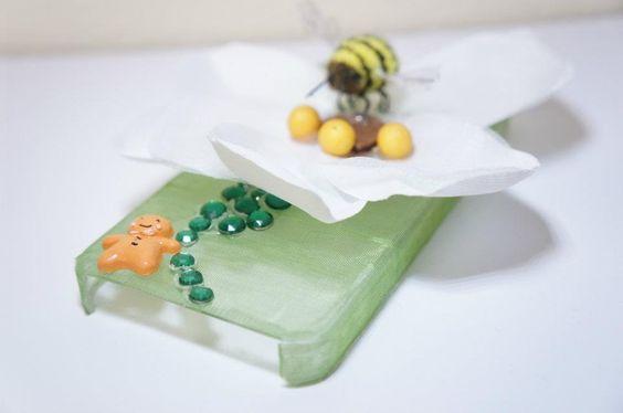Chocolaty Pollen  http://www.facebook.com/photo.php?fbid=262013083877024=a.260214410723558.58750.257984554279877=3