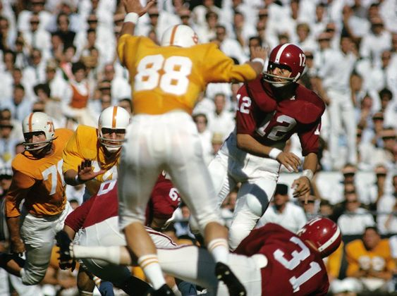 Joe Namath throws a pass during Alabama's game against Tennessee on Oct. 20, 1962 at Neyland Stadium.