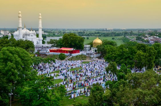 La ville de Lucknow en time lapse – Inde | Video here : http://alexblog.fr/ville-lucknow-time-lapse-inde-49564/