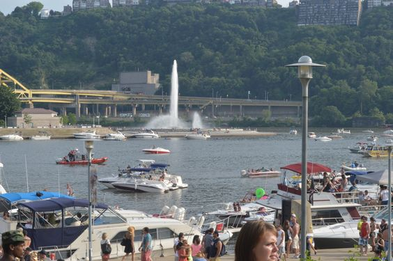 Kenny Chesney at Heinz Field and the Point in the distance.